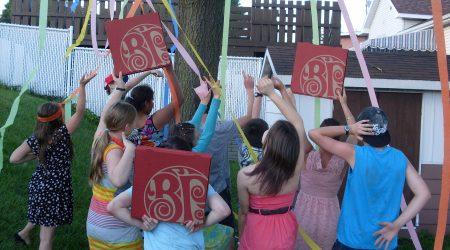 Party jeunes membres